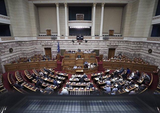 Συνεδρίαση της Ολομέλειας στη Βουλή