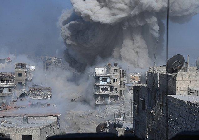 Βομβαρδισμός θέσεων του ISIS στα περίχωρα της Δαμασκού