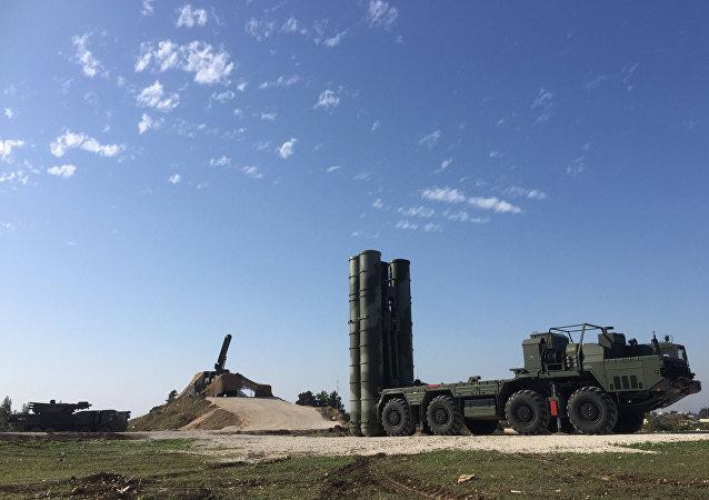 Εικόνα από την αεροπορική βάση Hmeymim στη Συρία