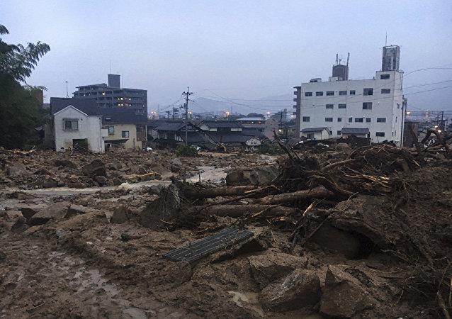 Σοβαρές κατολισθήσεις στην Ιαπωνία