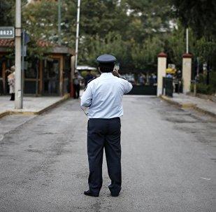 Αστυνομικός στα δικαστήρια της Ευελπίδων