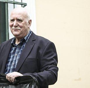 Ο δημοσιογράφος Γιώργος Παπαδάκης