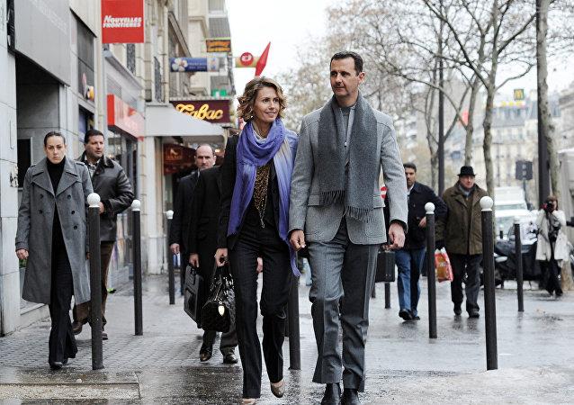 Μπασάρ Αλ Άσαντ και Άσμα στο Παρίσι