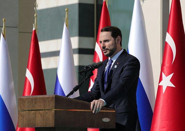 Ο υπουργός Οικονομικών της Τουρκίας, Μπεράτ Αλμπαϊράκ