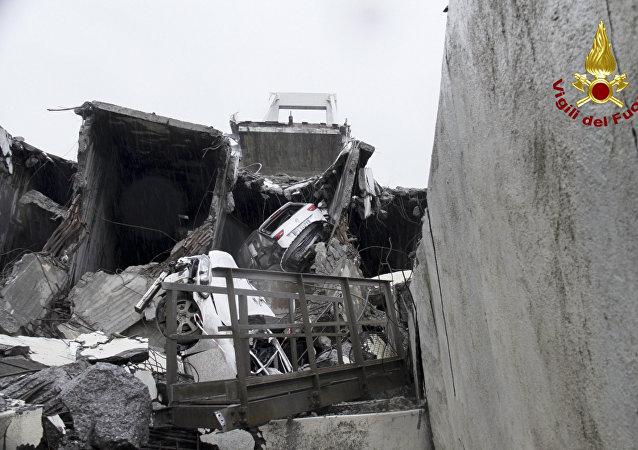 Κατάρρευση γέφυρας στη Γένοβα