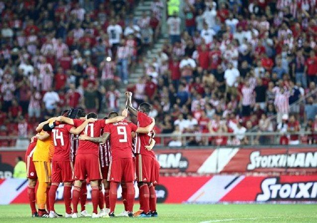 Ολυμπιακός - Μπέρνλι 3-1