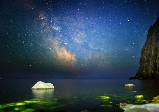 Μαγικά Μπλε Μάτια της Σιβηρίας: Η αλλαγή των εποχών στη λίμνη Βαϊκάλη