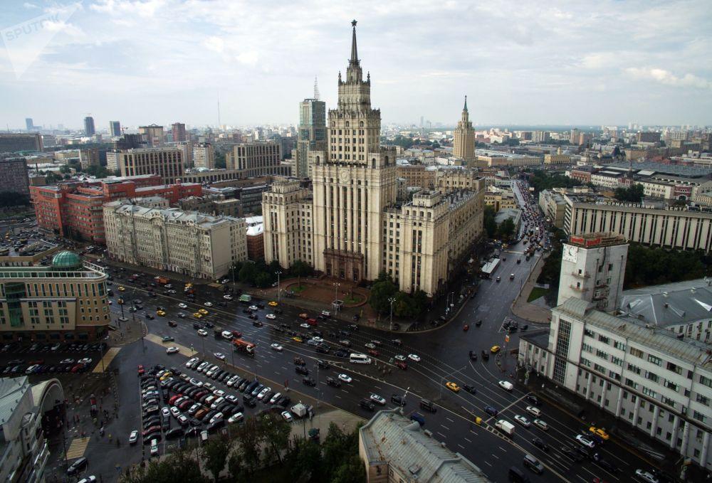 Το κτίριο της Κόκκινης Πύλης στη Μόσχα