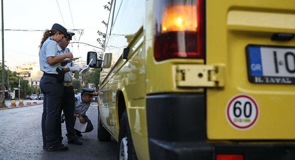 Έλεγχοι της Τροχαίας σε σχολικά λεωφορεία